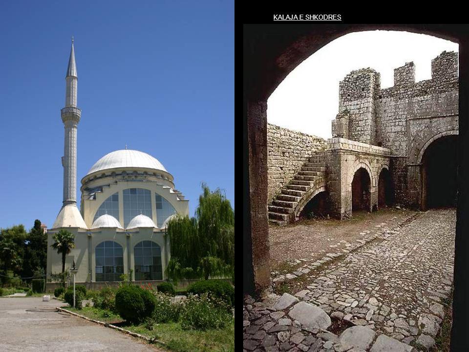 Kruja s old mosque