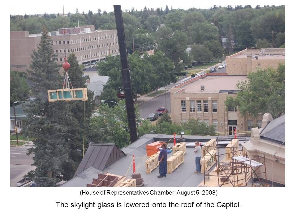 The skylight glass is lowered onto the roof of the Capitol. (House of Representatives Chamber; August 5, 2008)