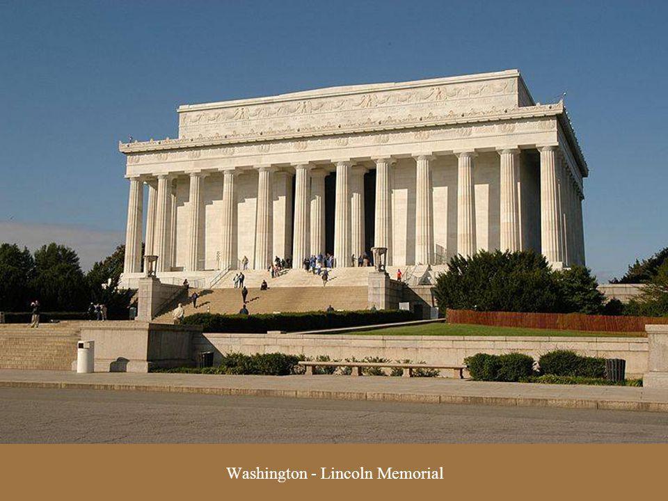 Washington - World War II & Lincoln Memorials