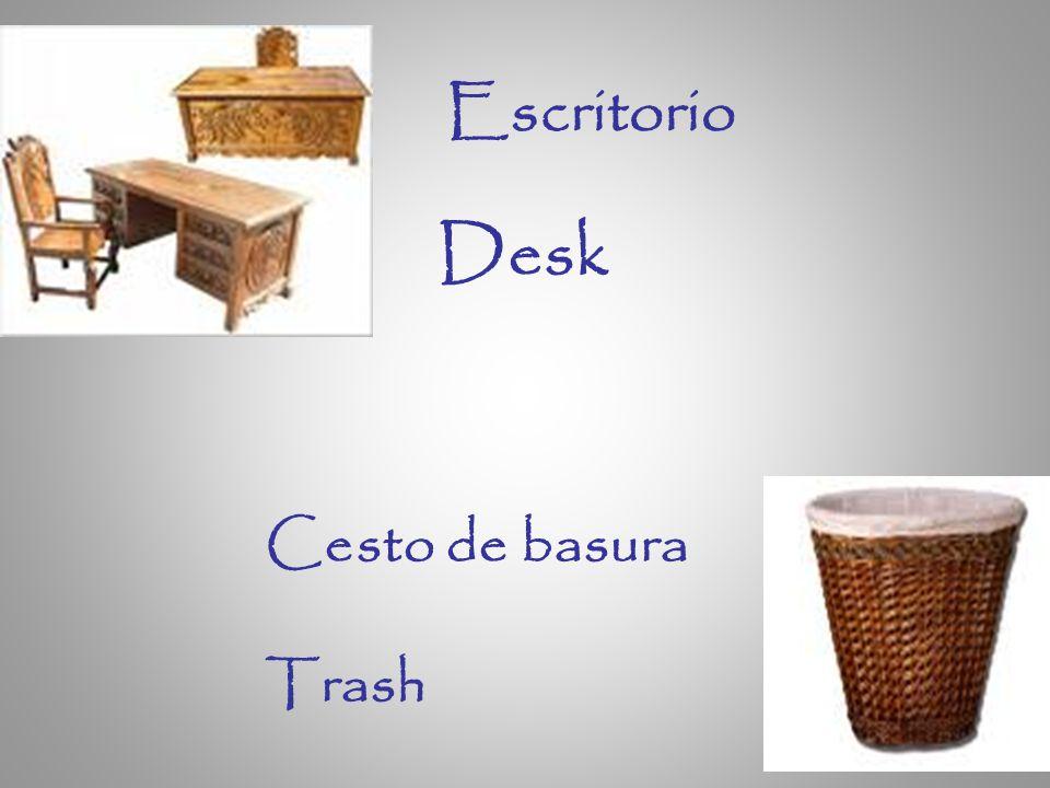 Escritorio Desk Cesto de basura Trash
