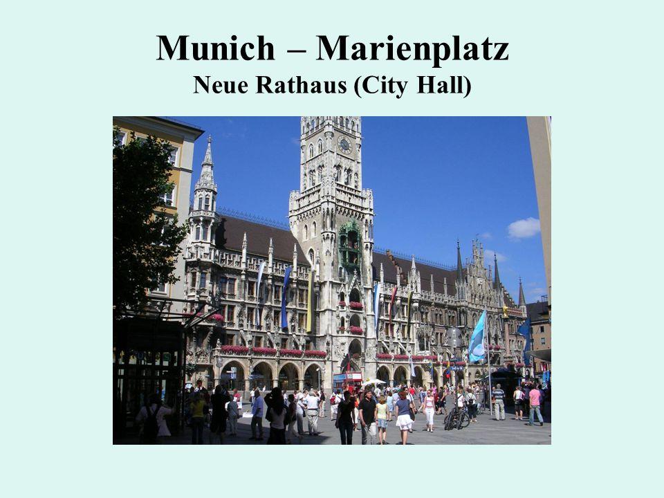 Munich – Marienplatz Neue Rathaus (City Hall)
