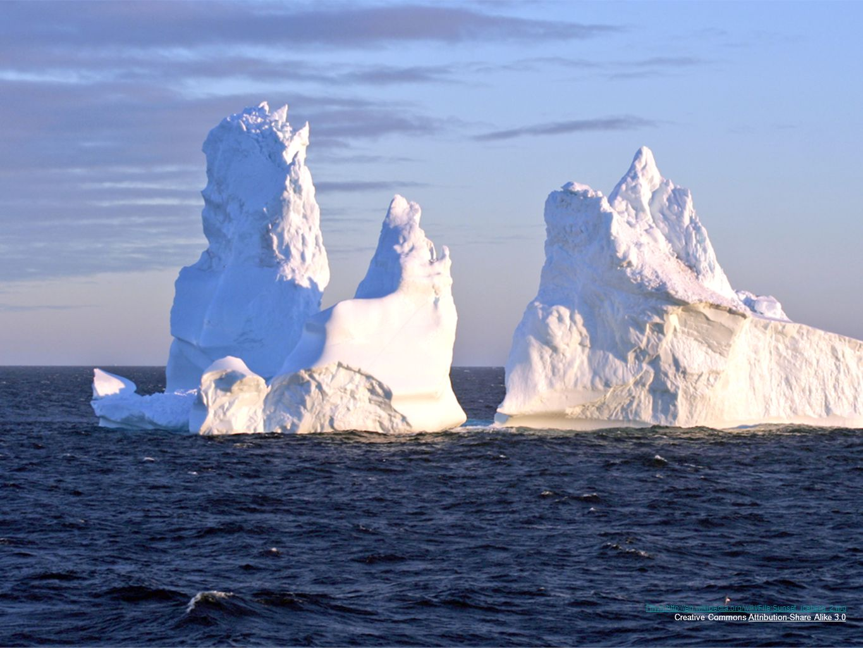 Πηγη:http://en.wikipedia.org/wiki/File:Sunset_iceberg_2.jpg Creative Commons Attribution-Share Alike 3.0