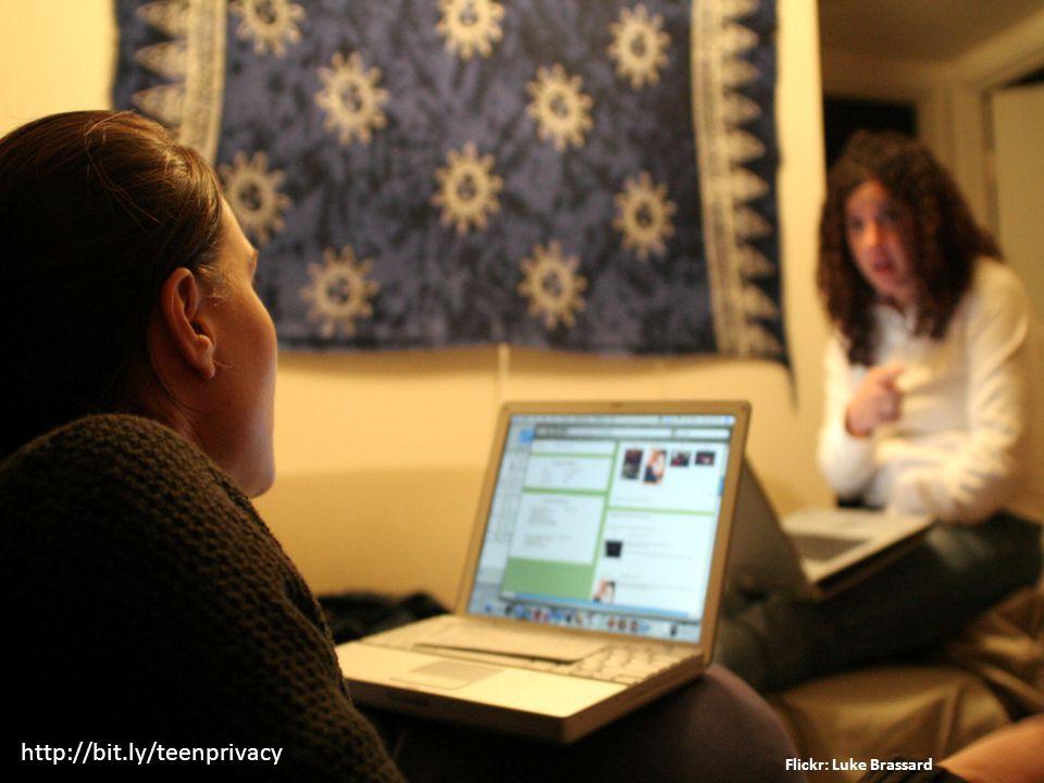 Flickr: ATENCION http://bit.ly/teenprivacy
