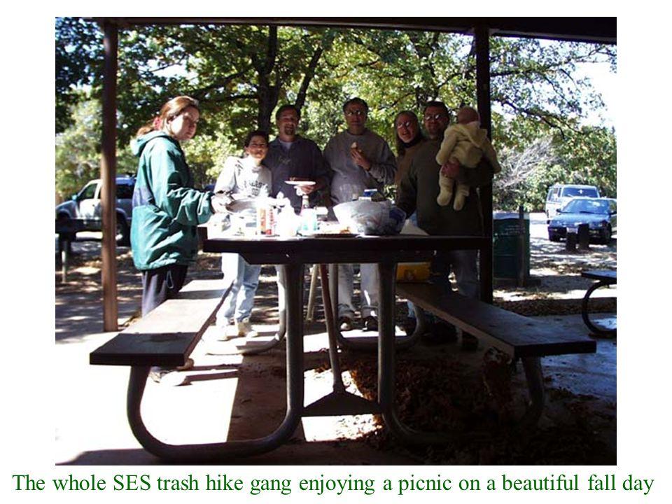 The whole SES trash hike gang enjoying a picnic on a beautiful fall day