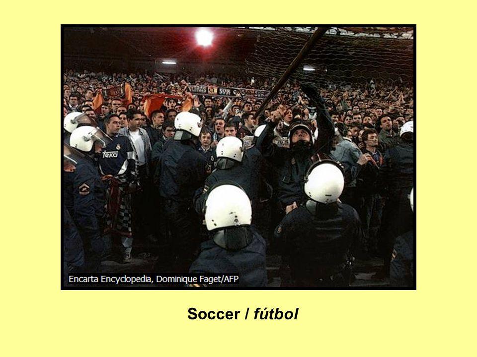 Soccer / fútbol