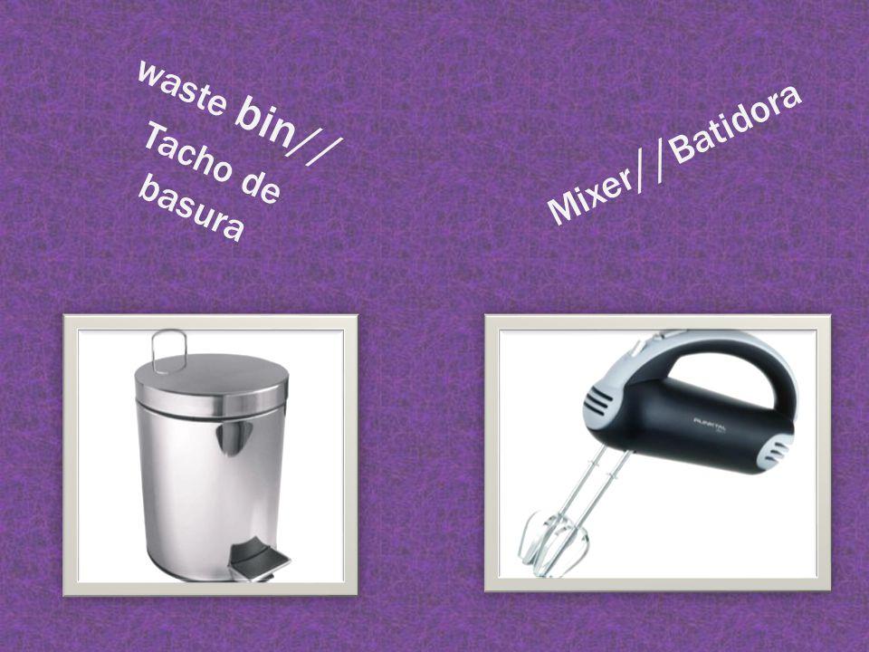 Mixer // Batidora waste bin// Tacho de basura