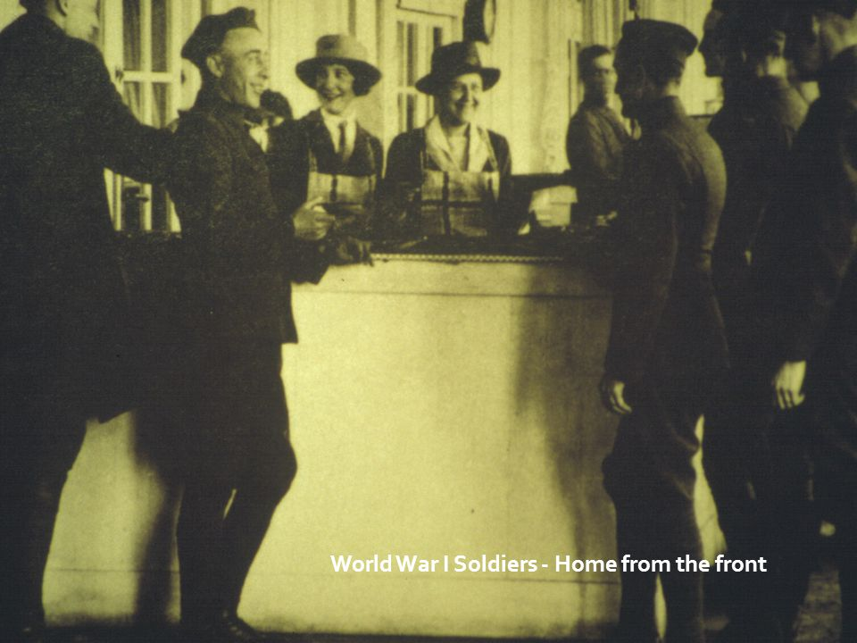 World War I Soldiers - Home from the front