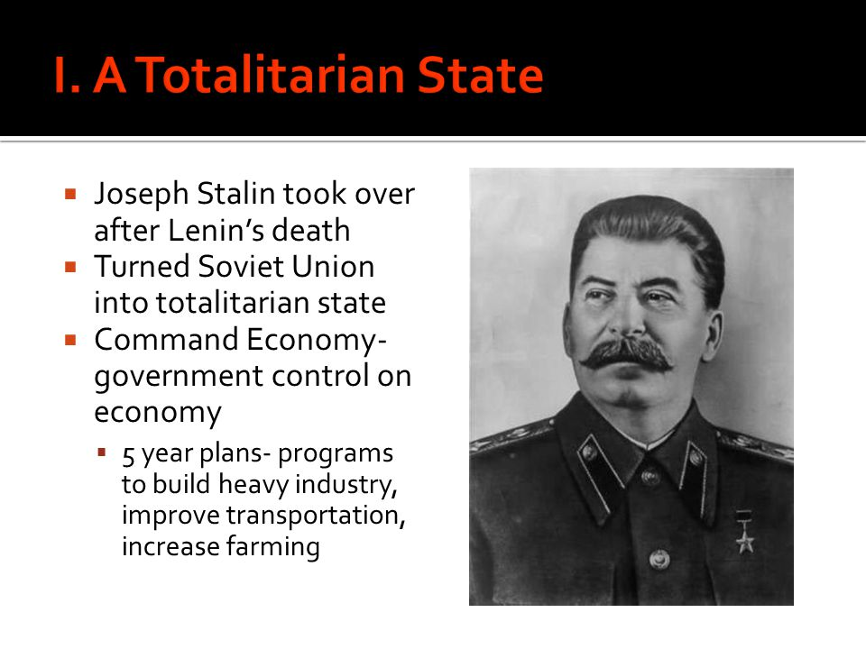 stalin pushed five year plan to turn soviet union into an industrial nation
