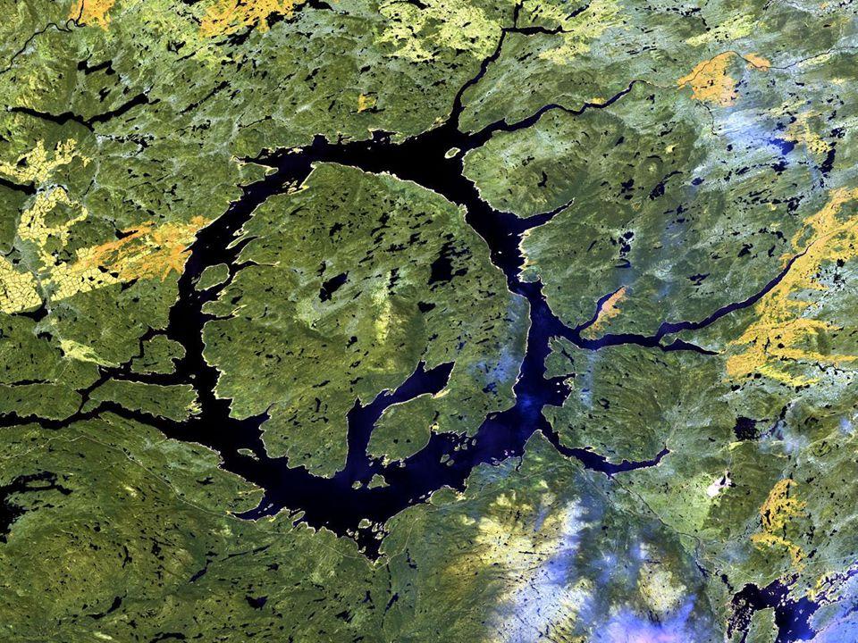 Manicouigan Crater