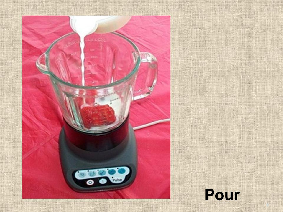 4. Pour the milk and yoghurt into the blender. Pour 8
