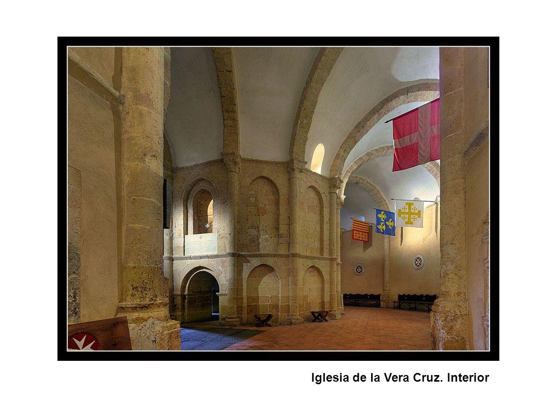 Iglesia de la Vera Cruz. Interior