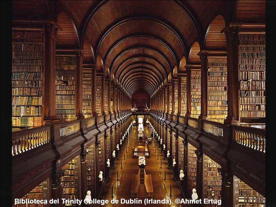 Biblioteca Nacional de Checoslovaquia. Praga (República Checa). ©Ahmet Ertug