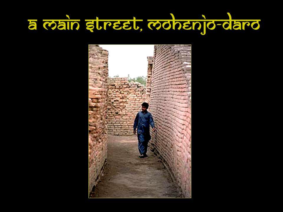 A Main Street, Mohenjo-Daro