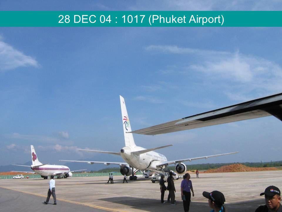 28 DEC 04 : 1017 (Phuket Airport)