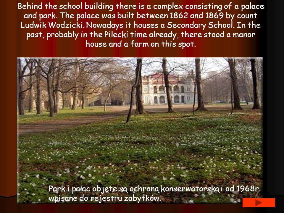 Park i pałac objęte są ochroną konserwatorską i od 1968r.
