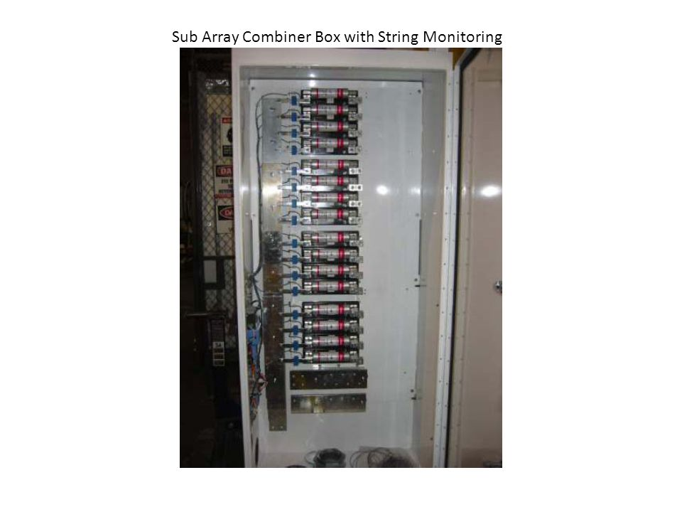 Sub Array Combiner Box with String Monitoring