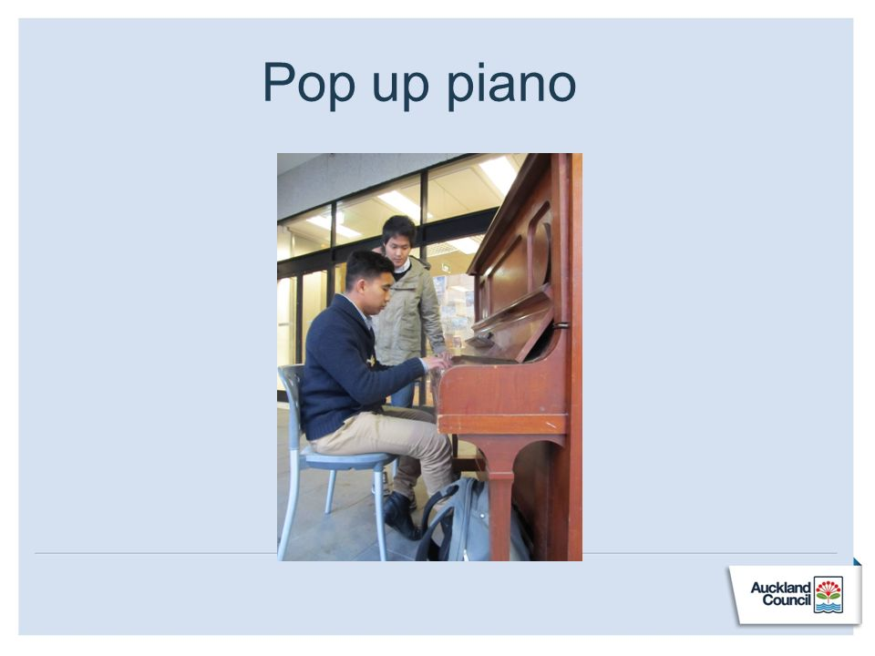 Pop up piano