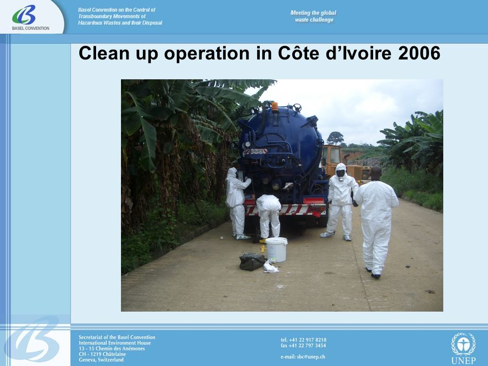 Clean up operation in Côte dIvoire 2006