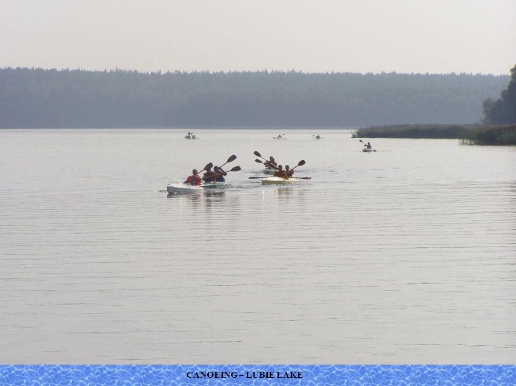 CANOEING – LUBIE LAKE