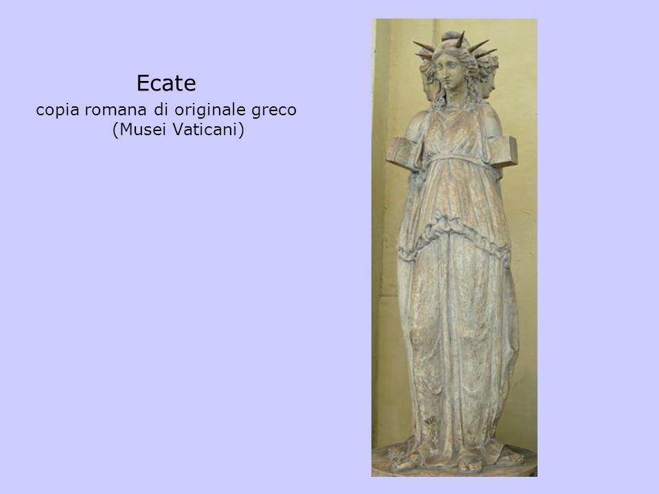 Ecate copia romana di originale greco (Musei Vaticani)