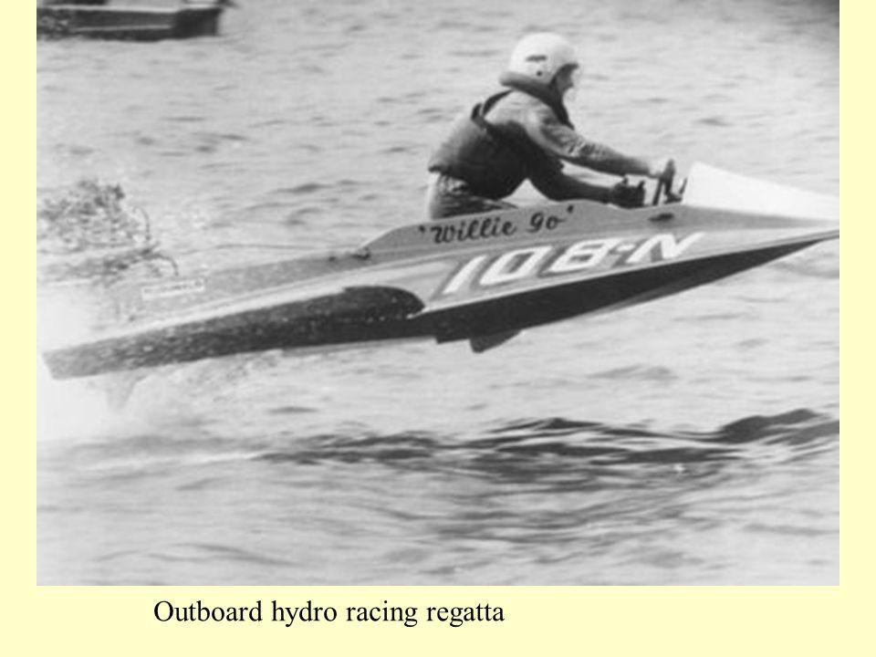 Outboard hydro racing regatta