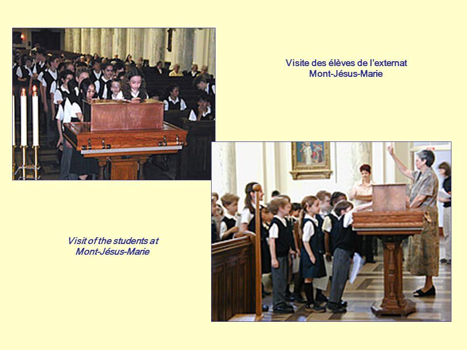 Visite des élèves de lexternat Mont-Jésus-Marie Visit of the students at Mont-Jésus-Marie