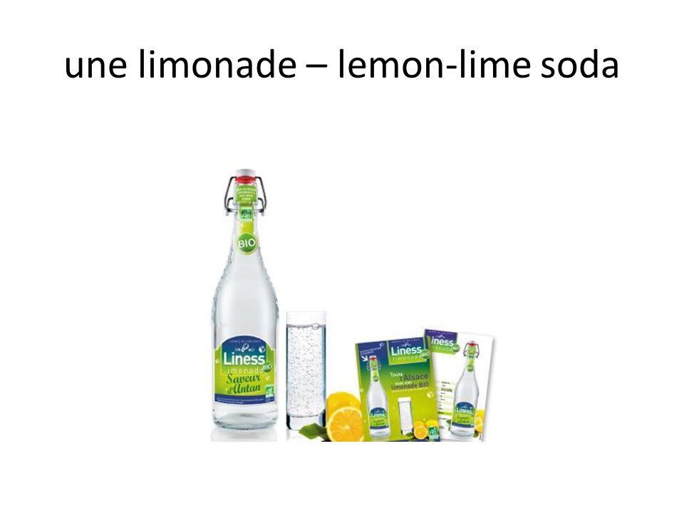 une limonade – lemon-lime soda