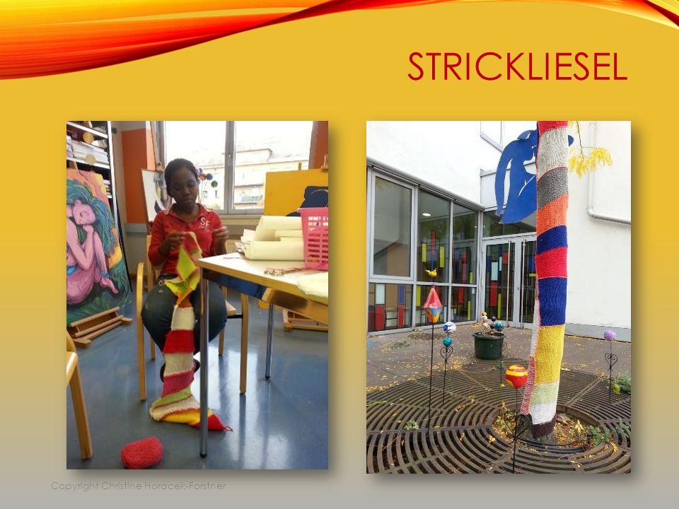 STRICKLIESEL Copyright Christine Horacek-Forstner