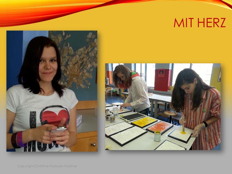 MIT HERZ Copyright Christine Horacek-Forstner