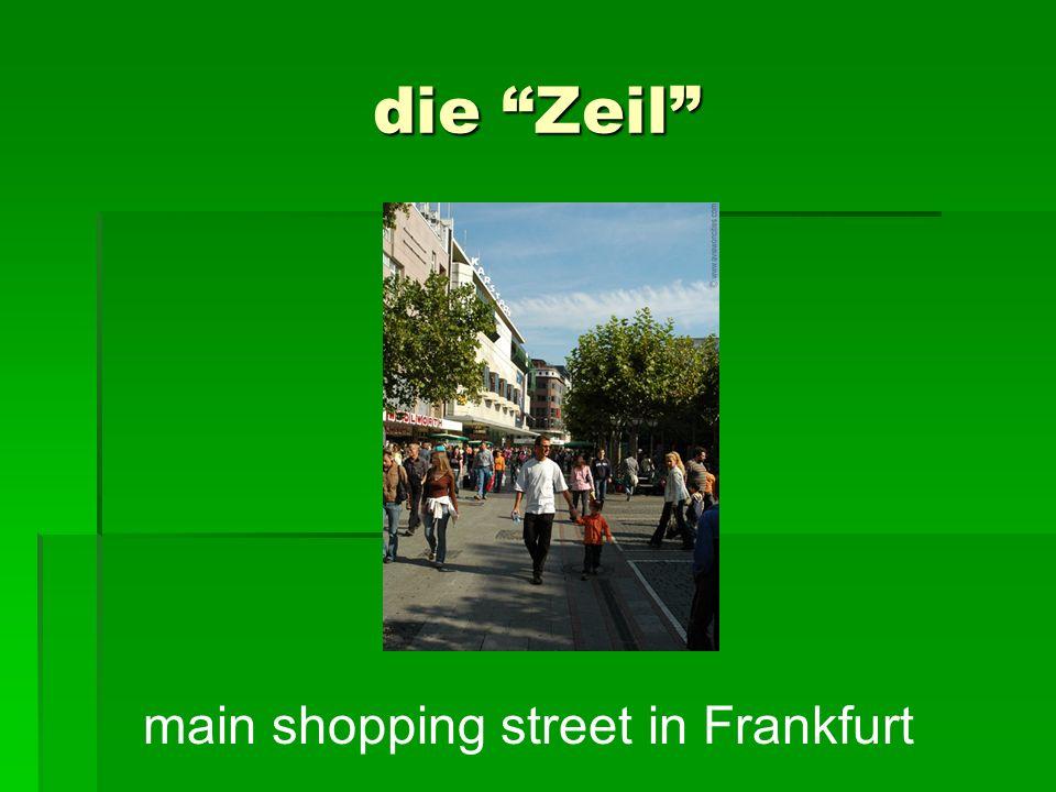 die Zeil main shopping street in Frankfurt