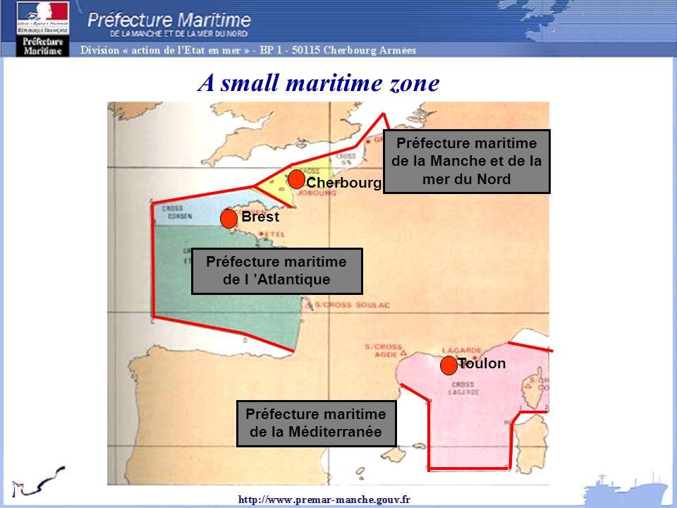 Préfecture maritime de la Manche et de la mer du Nord Préfecture maritime de l Atlantique Préfecture maritime de la Méditerranée Cherbourg Brest Toulon A small maritime zone
