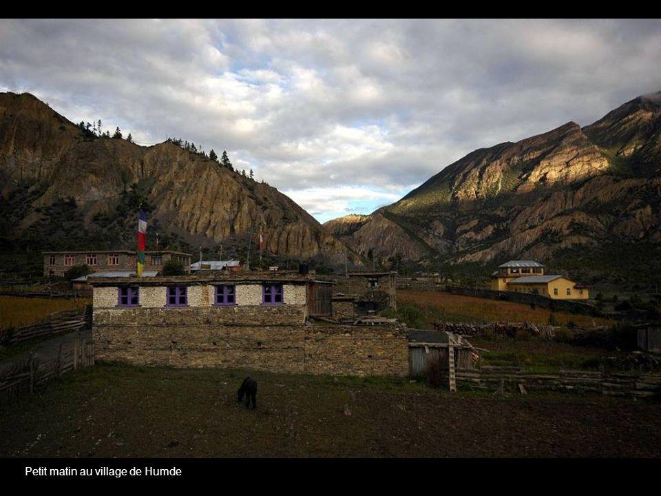 De Humde au village de Dharapani