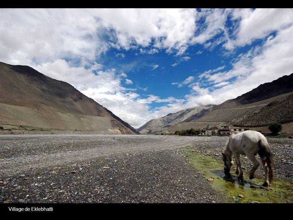 Tatopani to Ghasa Village view