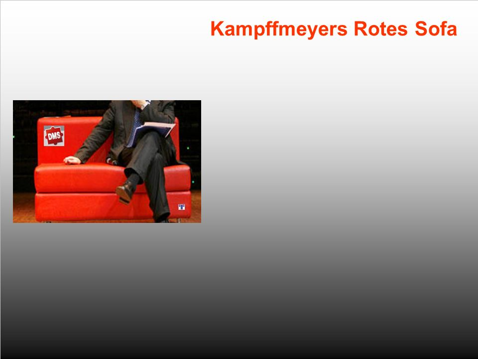 Kampffmeyers Rotes Sofa