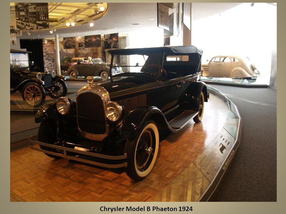 Plymouth Thunderbolt Concept Car 1941