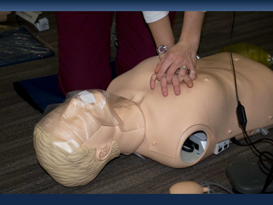 Differences between Courses Type of CPR Course CPR SkillsHeartCodeIL M(SD) p Ventilations with no errors16.1 (14.2)7.6 (11.8)0.03 Compressions with no errors147.0 (108.3)83.8 (108.3)0.004 Incorrect hand position during compressions 25.1(68.8)51.5(100.2)0.03 Ventilations with no errors during single rescuer CPR 5.2 (4.9)3.0 (3.6)0.001