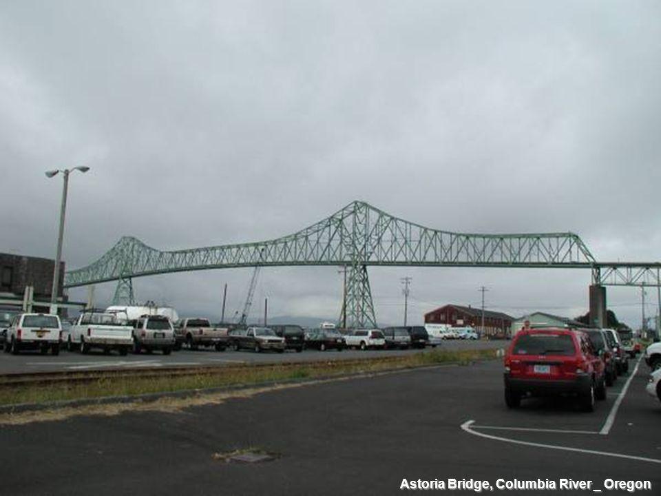 Astoria Bridge, Columbia River _ Oregon