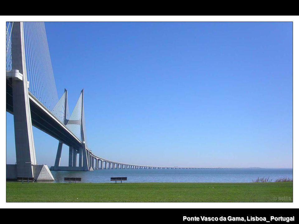 Ponte Vasco da Gama, Lisboa_ Portugal
