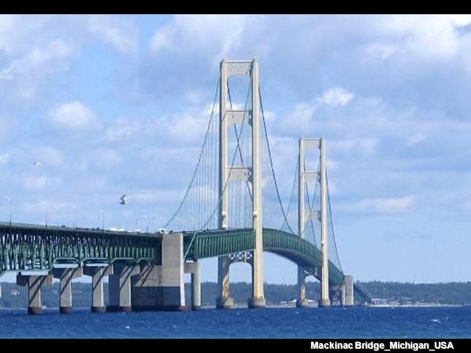 Mackinac Bridge_Michigan_USA