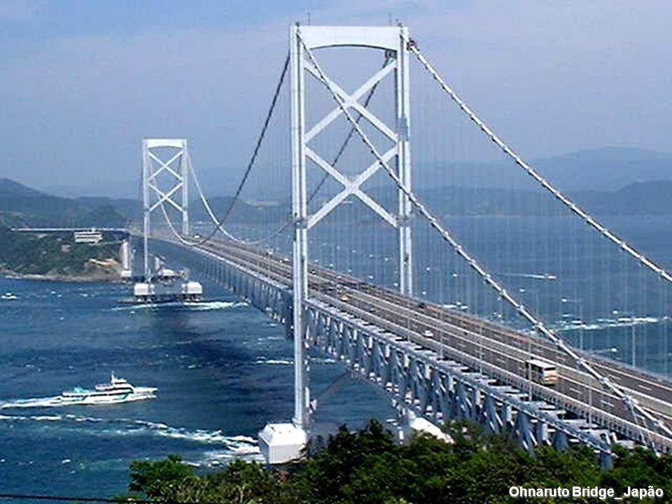Ohnaruto Bridge_ Japão