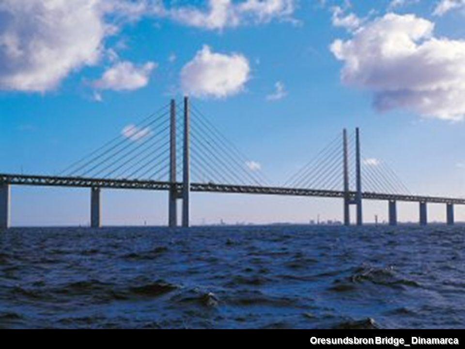 Oresundsbron Bridge_ Dinamarca