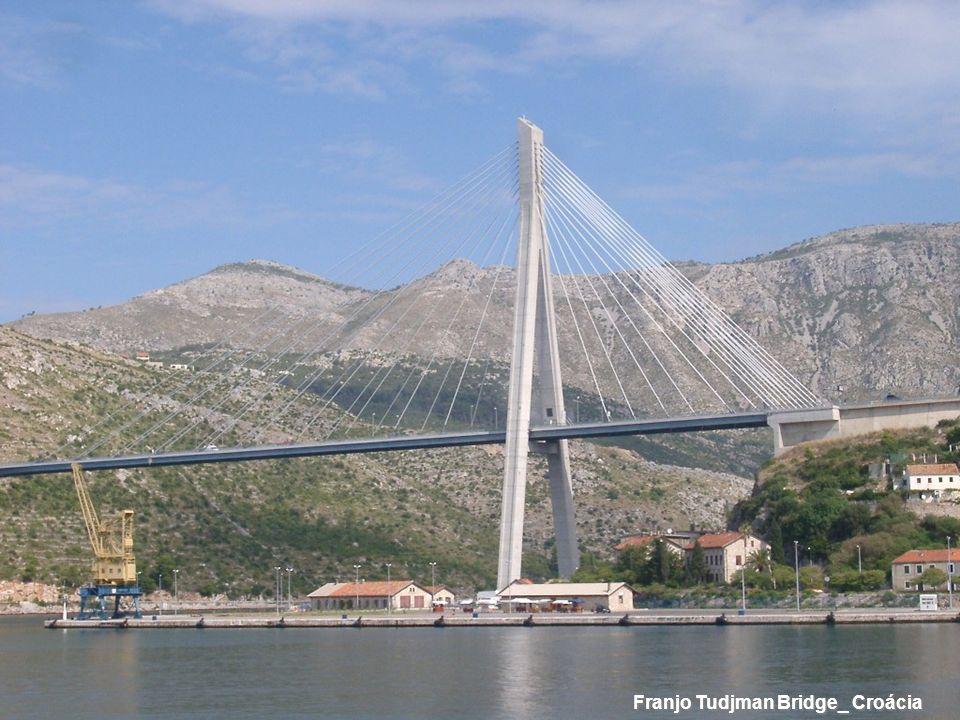 Franjo Tudjman Bridge_ Croácia