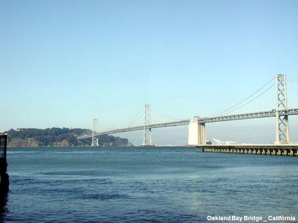Oakland Bay Bridge _ Califórnia
