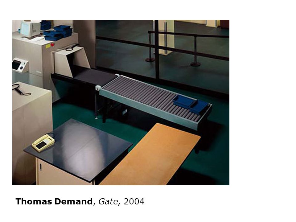 Thomas Demand, Gate, 2004
