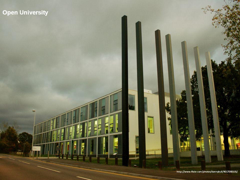 Trinity College, Bridgeford University Source: http:// www.flickr.com/photos/bathintime/3726752408/ Trinity College, Bridgeford University Royal Holloway, University of London