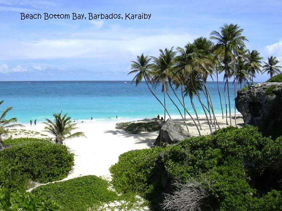 Black Sand Beach, Waianapanapa, Maui, Hawaje