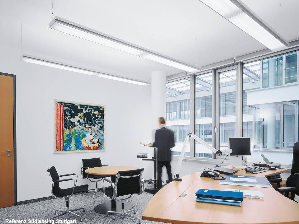 VERWENDUNG VON BILDERN IN KOMBINATION MIT FARBFLÄCHEN Um das horizontale Gestaltungsprinzip zu unterstützen, können Bilder in Farbflächen eingebunden werden.