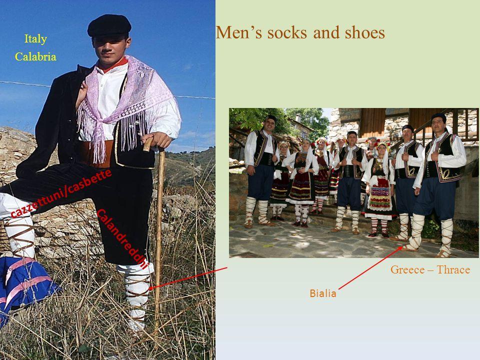 Calandreddhi cazzettuni/casbette Mens socks and shoes Bialia Italy Calabria Greece – Thrace