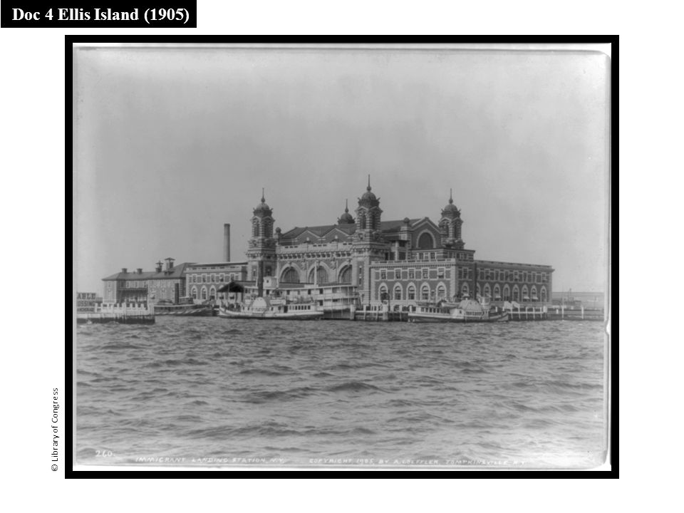 Doc 4 Ellis Island (1905) © Library of Congress