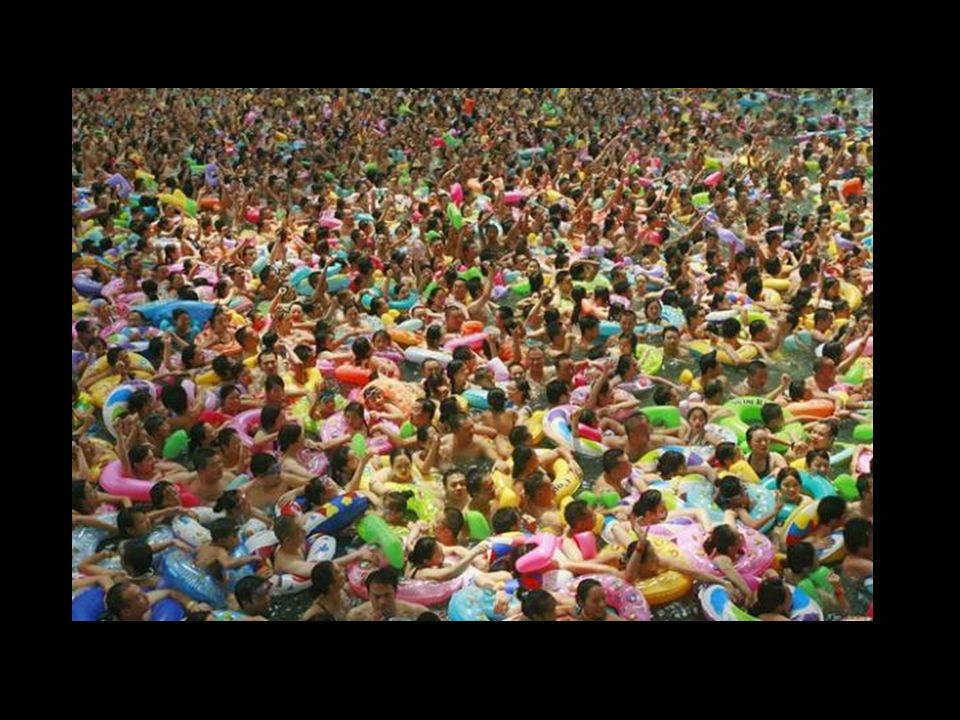 Tokyo Water Park, where their slogan reads …BENVENUTI NEL PARCO DOVE POTETE GODERE SOLE E RELAX CON I VOSTRI AMICI!!!!!!!!!!